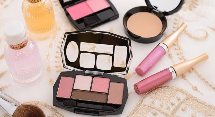 国际一线化妆品彩妆