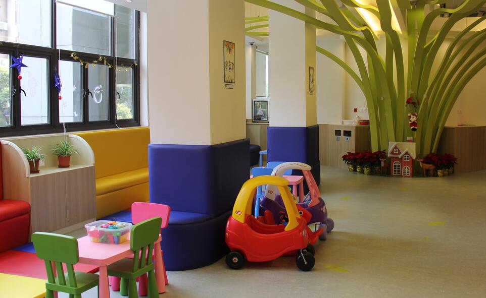 TOTSCAMP美式嬰幼兒育樂中心校區環境好