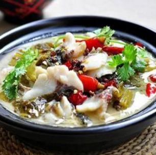 玩火酸菜魚營養
