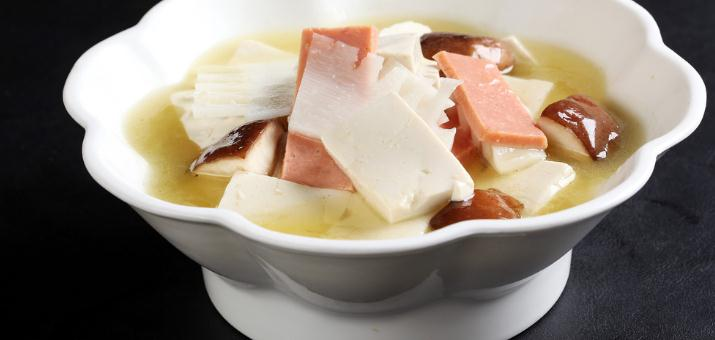 本榜三鲜汤口味好