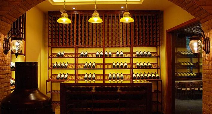 爱尚品红酒加盟