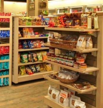 7仔便利店食品区