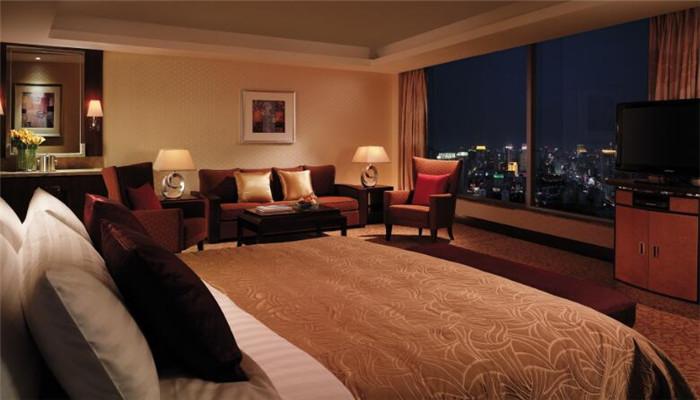 千禧大酒店床上