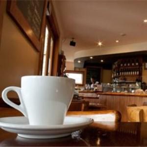 半空間咖啡館咖啡與人