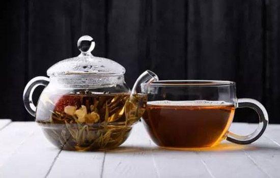 乌龙花果茶