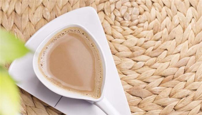 曼喬白咖啡三角
