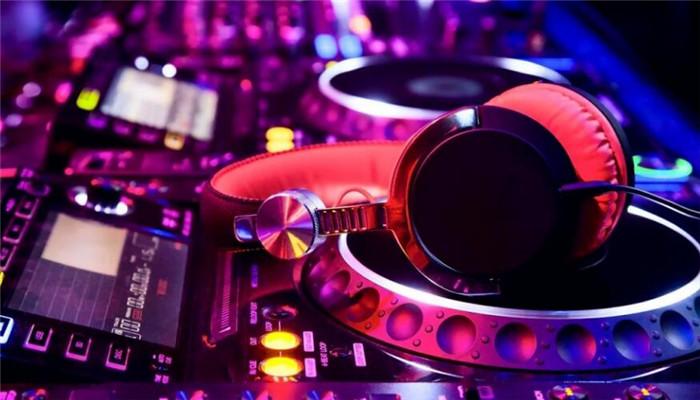 乐酷DJ红色