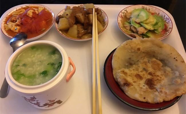 馨福月子会所营养月子餐