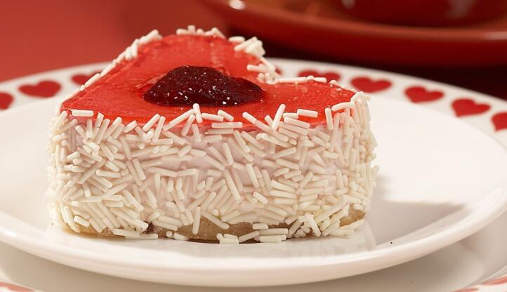 艾倍利蛋糕草莓酱