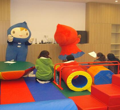 TOTSCAMP美式嬰幼兒育樂中心互動