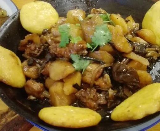 便宜坊东北菜土豆鸡块
