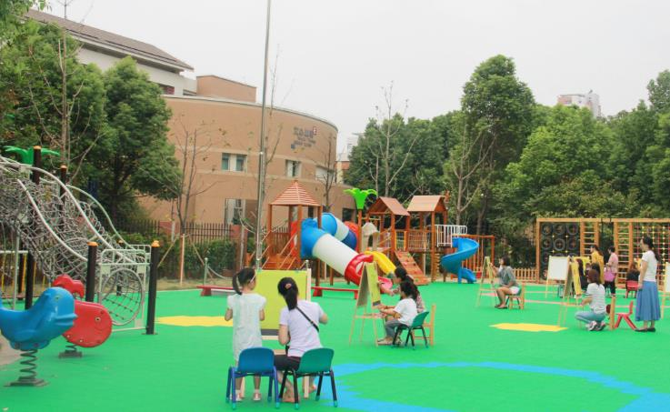 小行幼儿园游乐