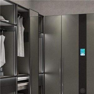 智能衣柜简约