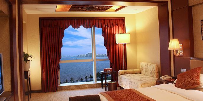 百鑫大酒店海景房间