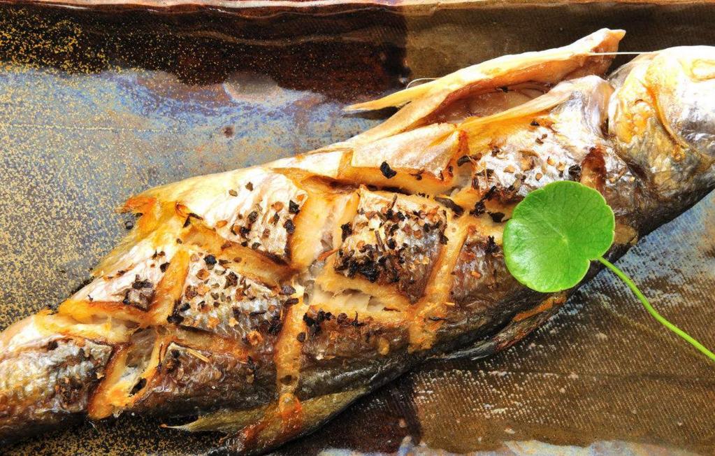 阿亮烧烤烤鱼