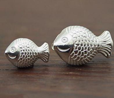 親嘴魚銀飾