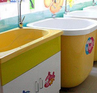 帅微婴童生活馆洗手池