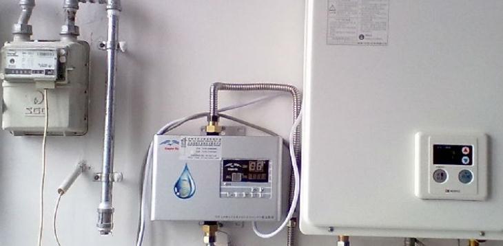 健民阳光电热水器组装