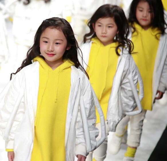小童星儿童模特艺术走秀