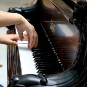 薛小妹鋼琴培訓藝術才華