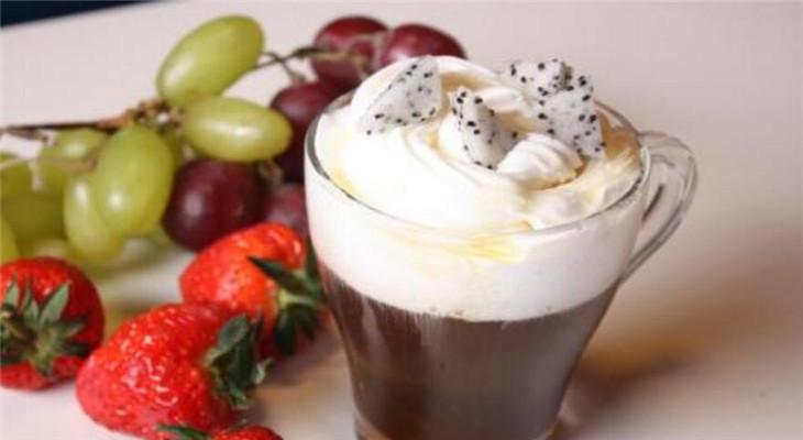 鲜果咖啡加盟