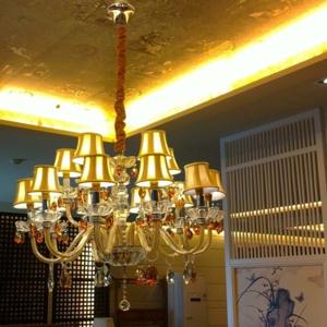 斯特丹灯具黄色