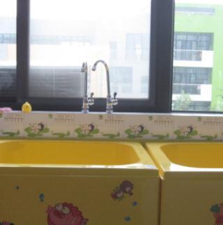 嗨佩兒嬰童生活館洗手池