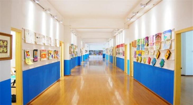 希戈艺术学校教室