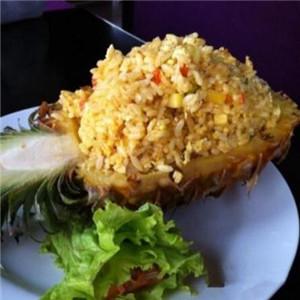 青悦越南料理菠萝饭