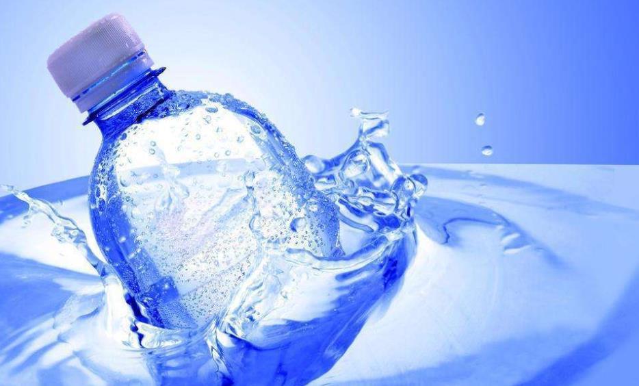 涟漪水瓶装