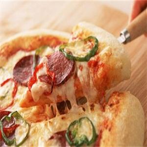 芝心乐披萨用餐