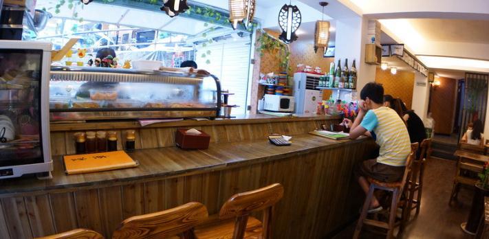 和風壽司店環境