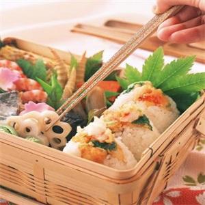 一碗米饭饭团