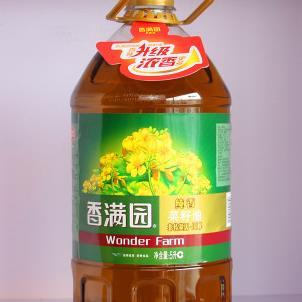 香滿園菜籽油展示
