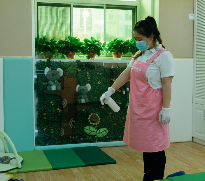 汇美国际托婴中心打扫