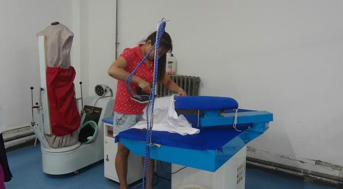 宏象干洗店工作