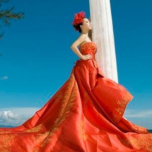 巴黎婚纱摄影道具精美