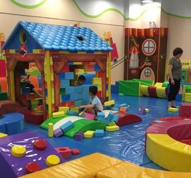 乐乐派儿童室内游乐场现场