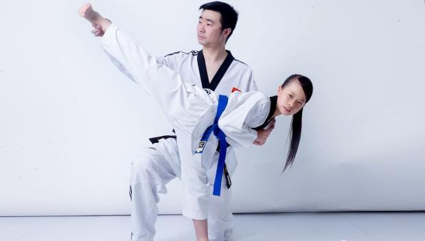 弘藝跆拳道教師好
