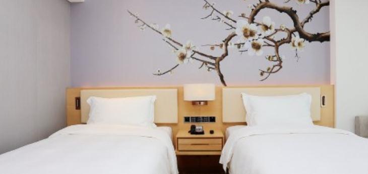 安朴酒店双人床