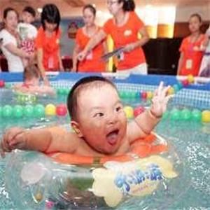 游来游去婴儿游泳馆婴儿