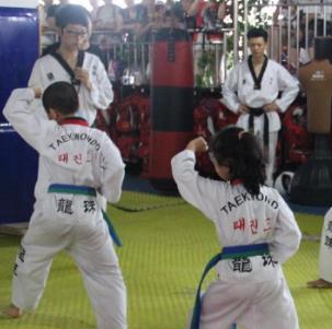 龙珠跆拳道训练