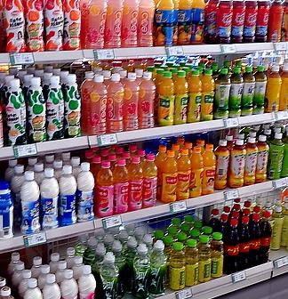 易购超市饮料区