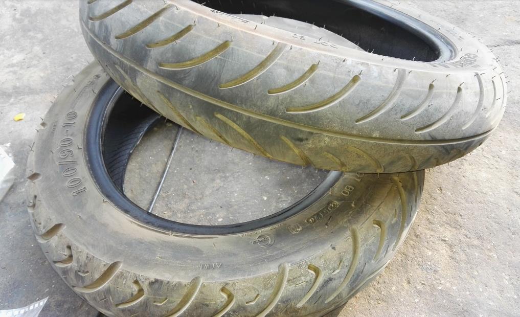 诚远摩托车轮胎展示