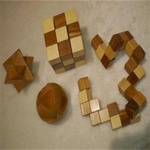 九连环益智玩具展示