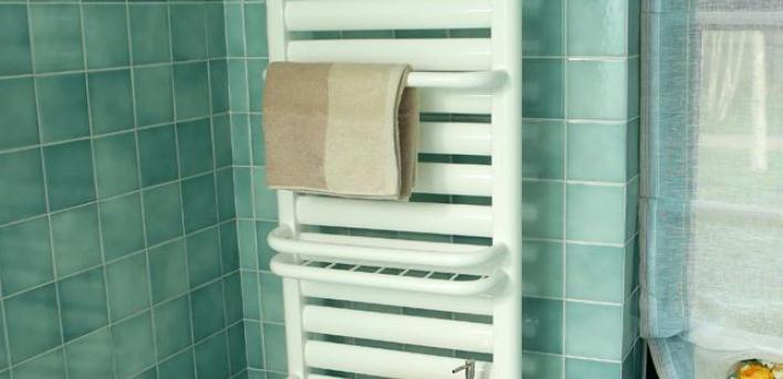 瑞華特暖氣片浴室