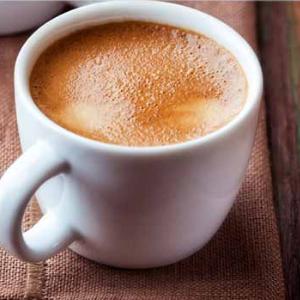 亚发白咖啡气味芬芳