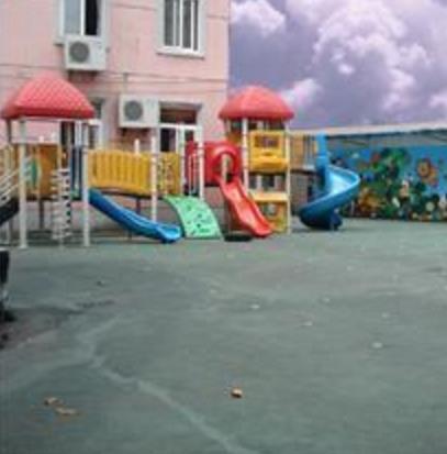 畅想艺术幼儿园操场