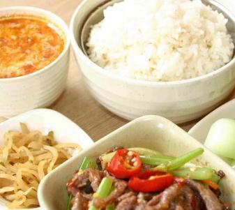 好樂福中式快餐連鎖美味