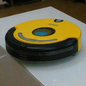 福玛特机器人黄色
